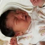 【新生児】しゃっくりが多くて寝ない・・対処法はミルク?